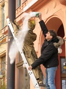 Tiborc, a lampagyújtó