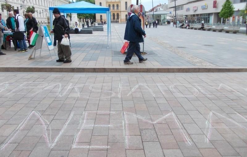 20150428_Graffiti_Orban_latogatasara_Pecsett0087_800x600