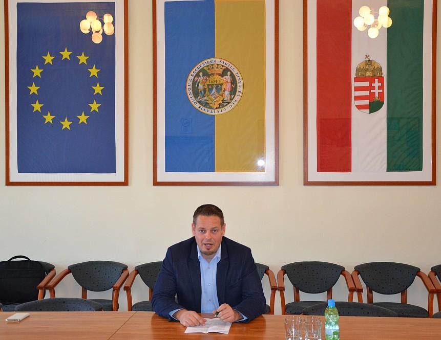 Dr. Keresztes László Lóránt